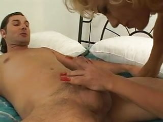 Matures in nylon and heels Mature blonde sucks dick then gets pussy licked and fucked