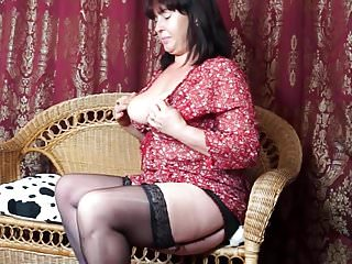 Janey nude Sexy mature mother janey with hairy pussy and saggy tits