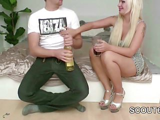 Adult die guide parent when German sister seduce him to fuck when parents away