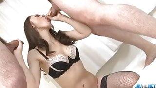 Ruri Hayami sexy threesome along two males
