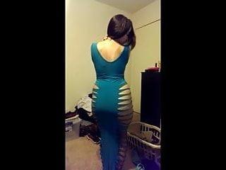Amateurs indian - Pakistani chick twerks in revealing dress