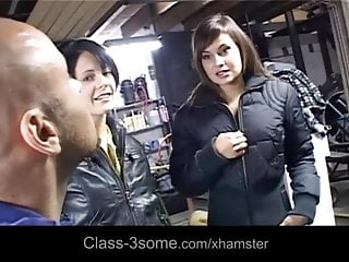 Sex repair - Slutty brunettes pays the car repair with threesome