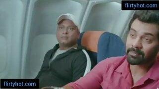 passenger Ne liya washroom mei jakar Indian Air hostess Ke m