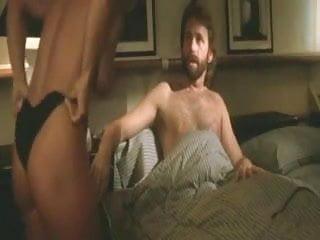Raye Hollitt  nackt