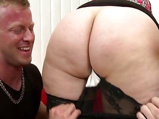 Horney matures suducing young boys Posh mature moms fuck young boys