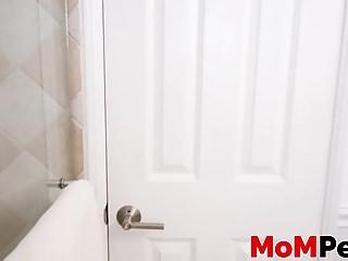 Free video hot blond milf sucks - Hot blonde milf aaliyah love sucking big cock in pov