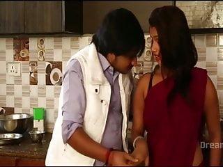 Sania mirza naked pics - Sania rao saree navel boob romance