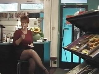 Mistress smoking fetish - Redhead-shorthair milf smoking-fetish-fuck