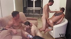 PHOTO SESSION THAT TURNED INTO A BISEXUAL ORGY (3)