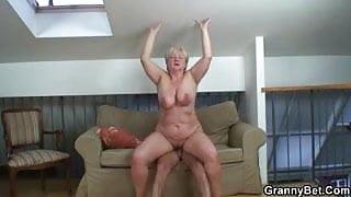Wild sex with fat mature blonde