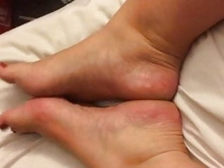 Bbw wrinkly ass - New friends wrinkly soles