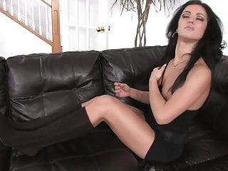 Love her clit game Mandy loves her tiny pink vibrator pulsing her clit to climax