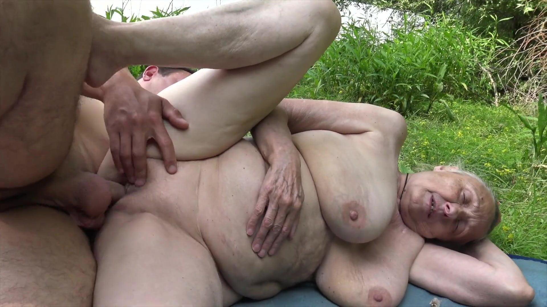 Free public anal toy porn pics