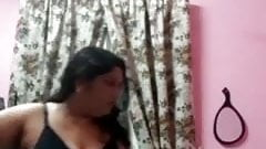 Panjabi House Wife Video Call Leaked... Part 1