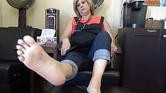 52 year old milf size 7 soles feet