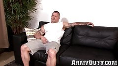 Muscular army hunk jacks off his raging cock to the end