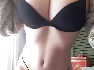 Pics of my sexy girlfriend - My sexy girlfriend