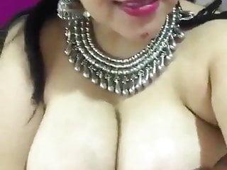 Girls sucking boobs - Pakistani girls sucking boobs