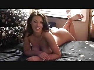 Nuda naked man Aspirante modella italiana nuda per incontri anche