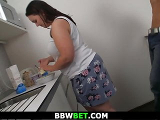 Fat girlfriend amateur Brunette fat girlfriend gets screwed on the kitchen