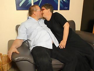 Xxx granny blog Xxx omas - amateur german granny takes cock and cum on tits