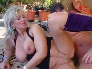 Video Hot Granny Hamster