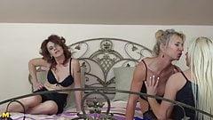Beautiful mature moms having lesbian threesome