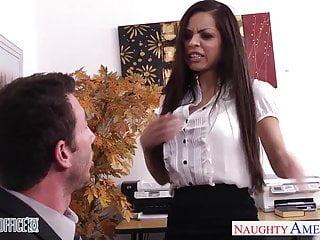 Yurizan beltran fucked Chesty brunette yurizan beltran gets fucked in office