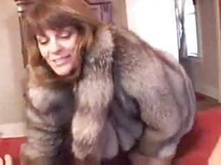 Shemales in fur Chelsea in fur coat gives blowjob