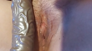 Snowbunny in action in the bed with dildo stepdaddy make me cu