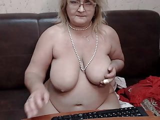 Fat girls and cum - Fat mature webcam whore watch me jerk and cum on c2c