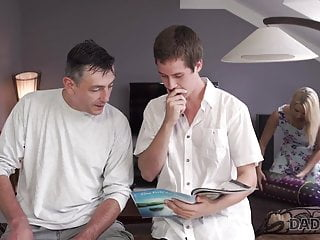 Saw dads hard dick Daddy4k. dude wakes up and catches blonde sucking dads hard
