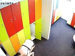 Mens locker room / hidden camera / gay / guys Hidden camera in the locker room 14