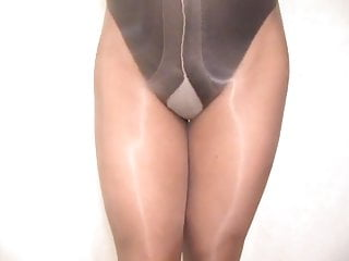 Men masturbation in pantyhose and panties Crossdresser pantyhose and panties 015