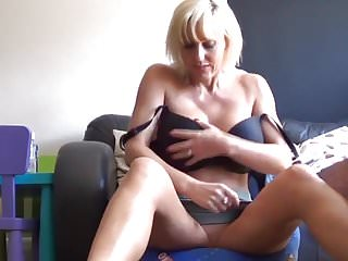 Mommy milf porn videos Weekend with not mommy