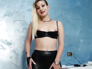 Pornstars with long nails - Latex girl with long nails gives handjob to lucky guy