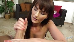 Bianca Breeze does handjob