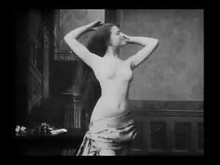 Sapphic erotic movie - Vintage erotic movie 6 - seminude woman combing hairs 1905