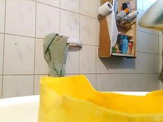 Nude teen in shower cideo Nude nackt schwester