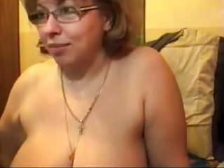 Bored mature on webcam - Bored lonely housewife is such a tease
