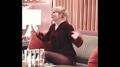 Taylor Swift bouncing on sofa