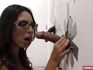 Sis glory hole bro Dava foxx gets the biggest glory hole cock