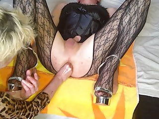 Mature crossdresser pixs - Wife give a crossdresser a deep asfisting