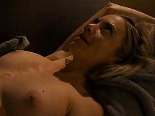 Megan Stevenson  nackt