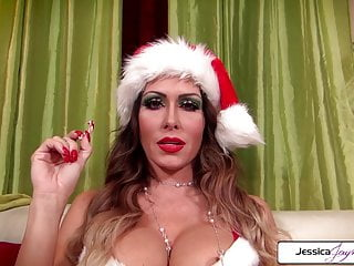 Santa sexy elf - Naughty elf jessica jaymes sucking santas monster cock
