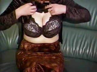 Huge lactating tits porn Moms huge lactating boobs need relief 1