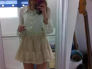 Extreme gay video clips Extremely short beckii cruel clip