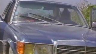 Sex appeal sur tapis vert (1983) (ENG) - Bet your ass