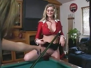 Hot sexy threesomes Bailey in a hot sexy threesome