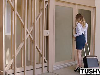 Squirt load in gaping ass Tushy jillian janson cant believe how big her ass gapes